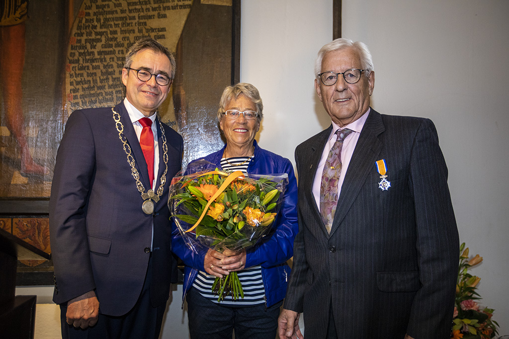 Aris Dijksman lid in de Orde van Oranje Nassau